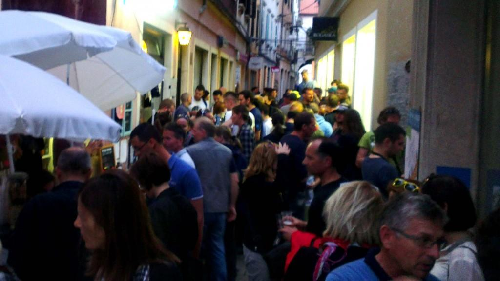 Čevljarska ulica najbrž še nikoli ni bila tako živahna, kot v dneh festivala.