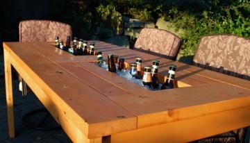 EPIC miza s prostorom za hlajenje piva