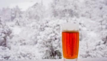 ZIMA: Katero pivo izbrati in kakšna hrana gre zraven?